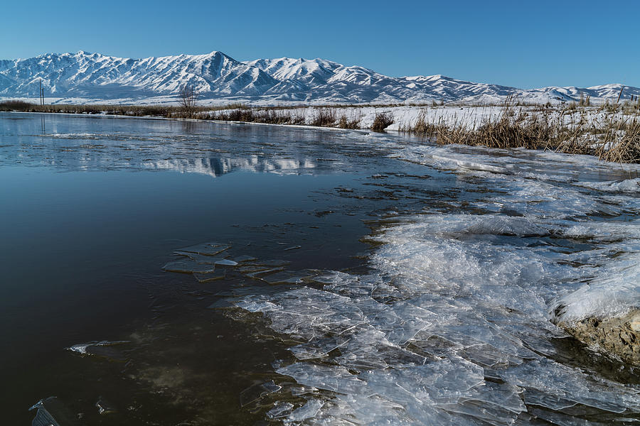 2017 Photograph - Winter Ice Flows by Justin Johnson