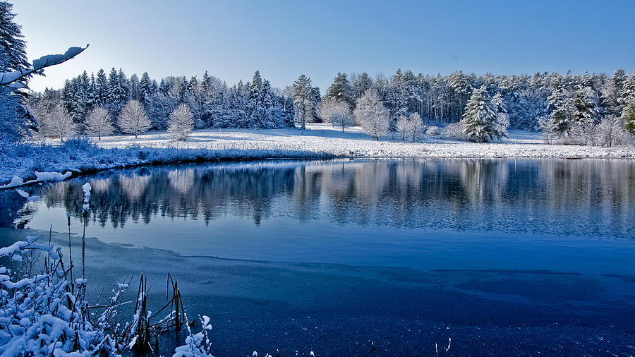Winter Photograph - Winter Lake Scene 2 by Edward Myers