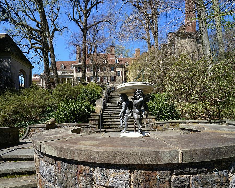 Winterthur Gardens #4964 by Raymond Magnani