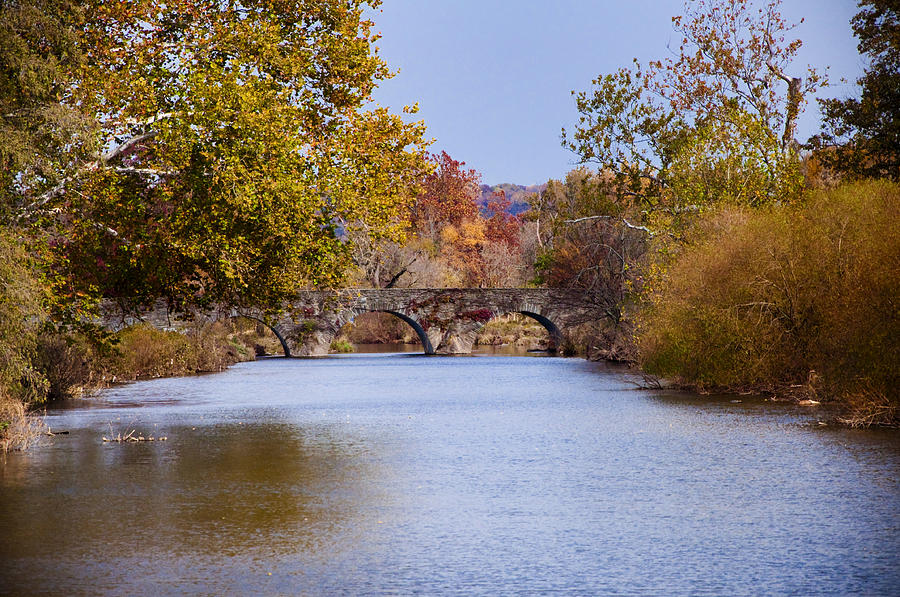Wissahickon Photograph - Wissahickon Autumn by Bill Cannon