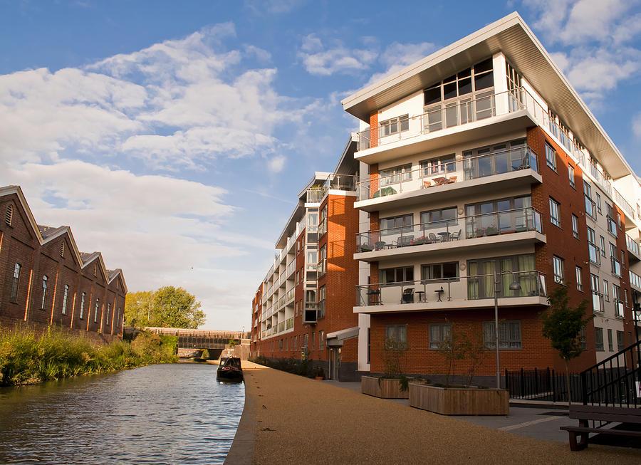 Wolverton Park canalside flats by David Isaacson