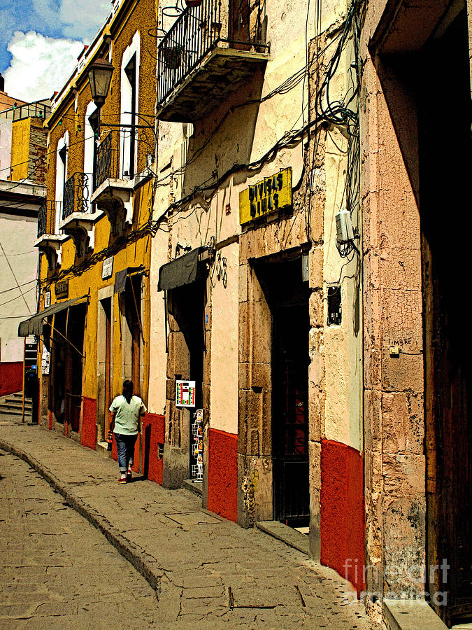 Darian Day Photograph - Woman On The Street by Mexicolors Art Photography