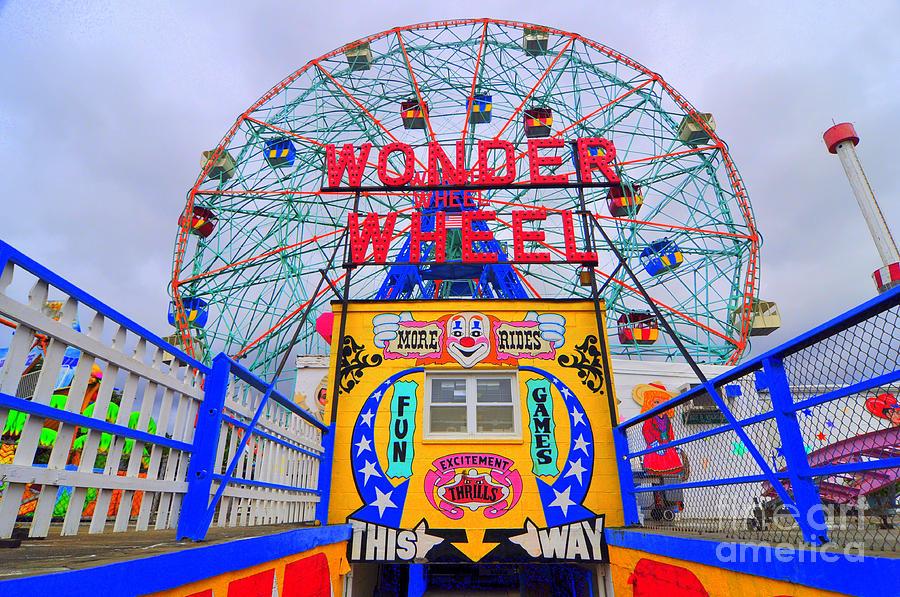 Wonder Wheel Stream