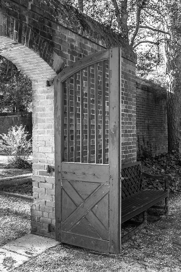 Colonial Williamsburg Photograph - Wooden Garden Door B W by Teresa Mucha
