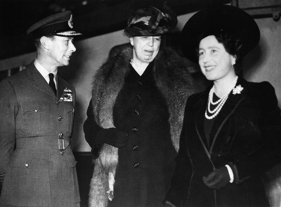 1940s Photograph - World War II. King George Vi Of England by Everett