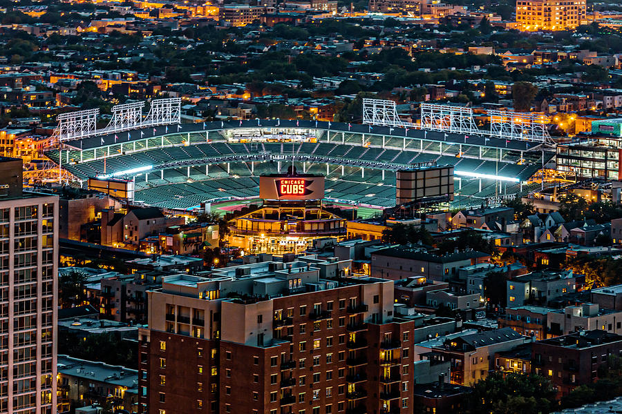 Chicago Cubs Parking | Wrigley Field Parking | ParkWhiz