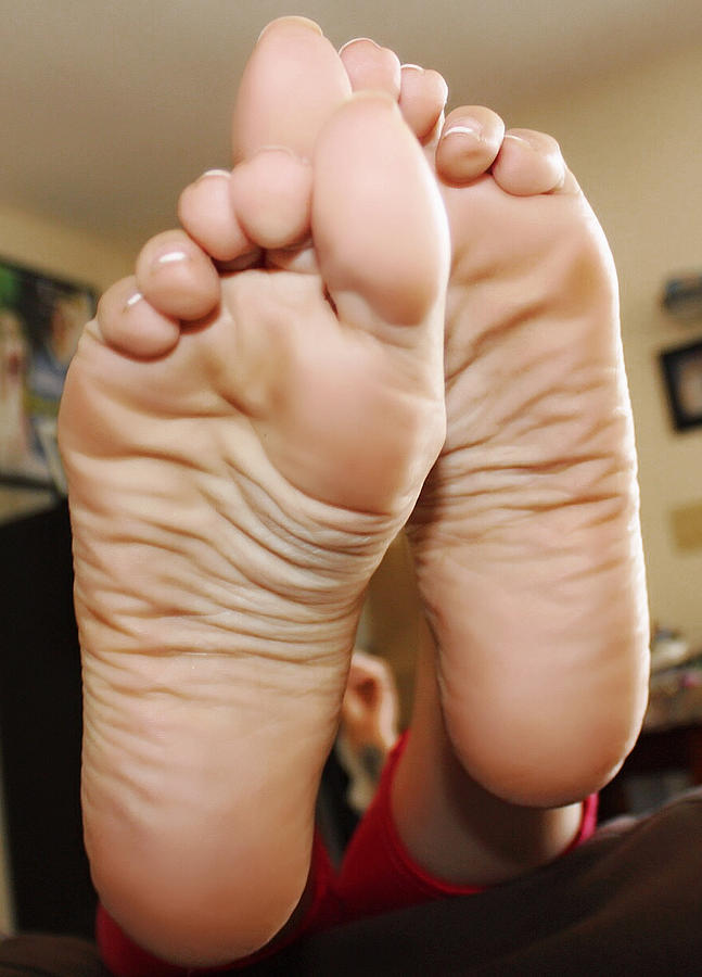 Wrinkled Soles Photograph By Steve Pacheco-7140