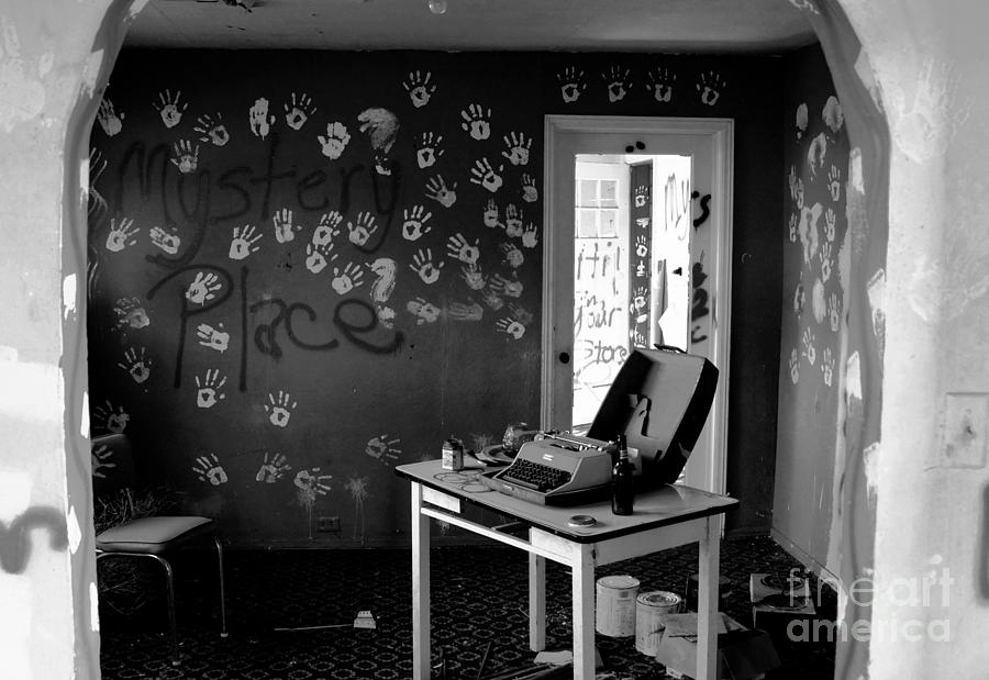 Writing Photograph - Writers Station by David Lee Thompson