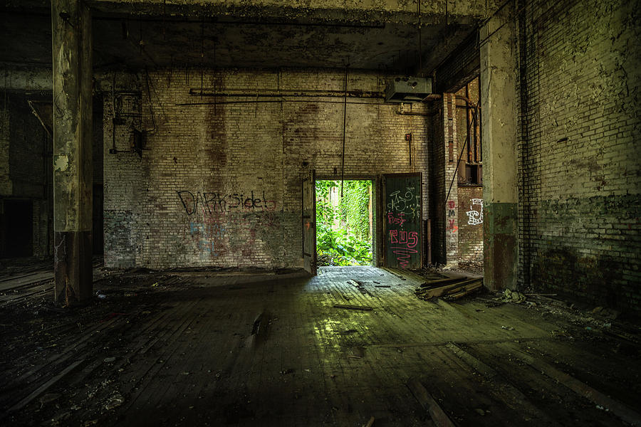 Abandoned Photograph - Ws 2 by Lindy Grasser