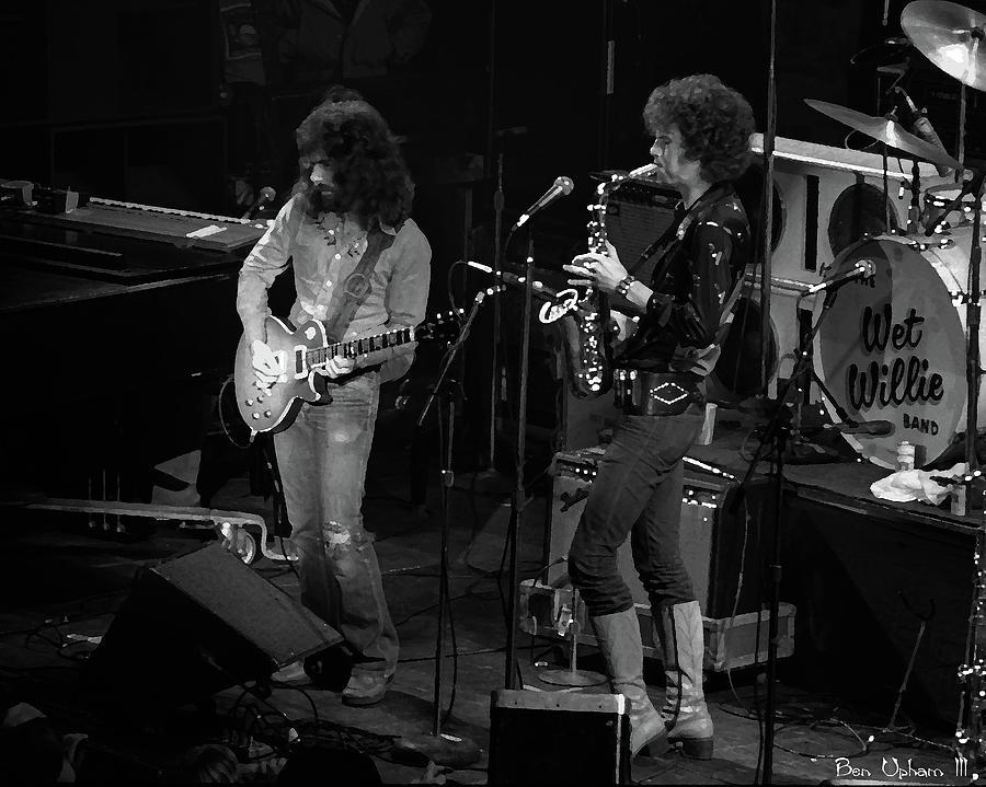 Classic Rock Photograph - Ww#4 Enhanced Bw by Ben Upham