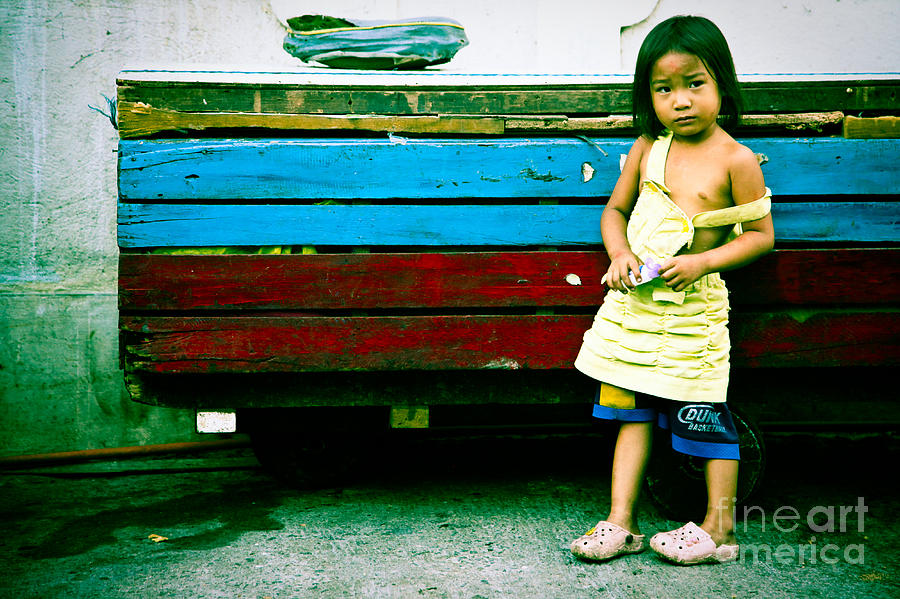 Girl Photograph - Xp Girl by Derek Selander