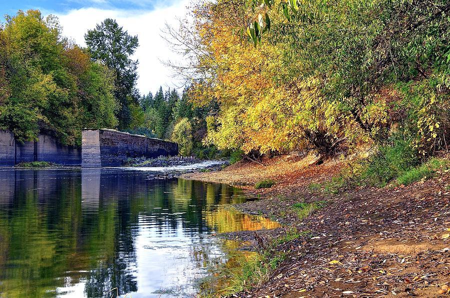 Yamhill River Locks Hdr 5742 Photograph