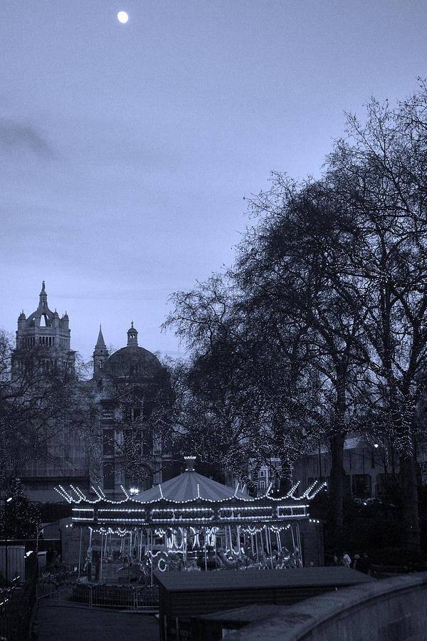 London Photograph - Ye Olde Fayre by Jez C Self