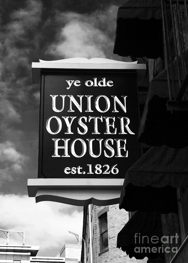 Pictures Photograph - ye olde Union Oyster House by John Rizzuto