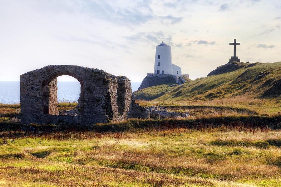 Ynys Llanddwyn Photograph - Ynys Llanddwyn - Wales by Joana Kruse