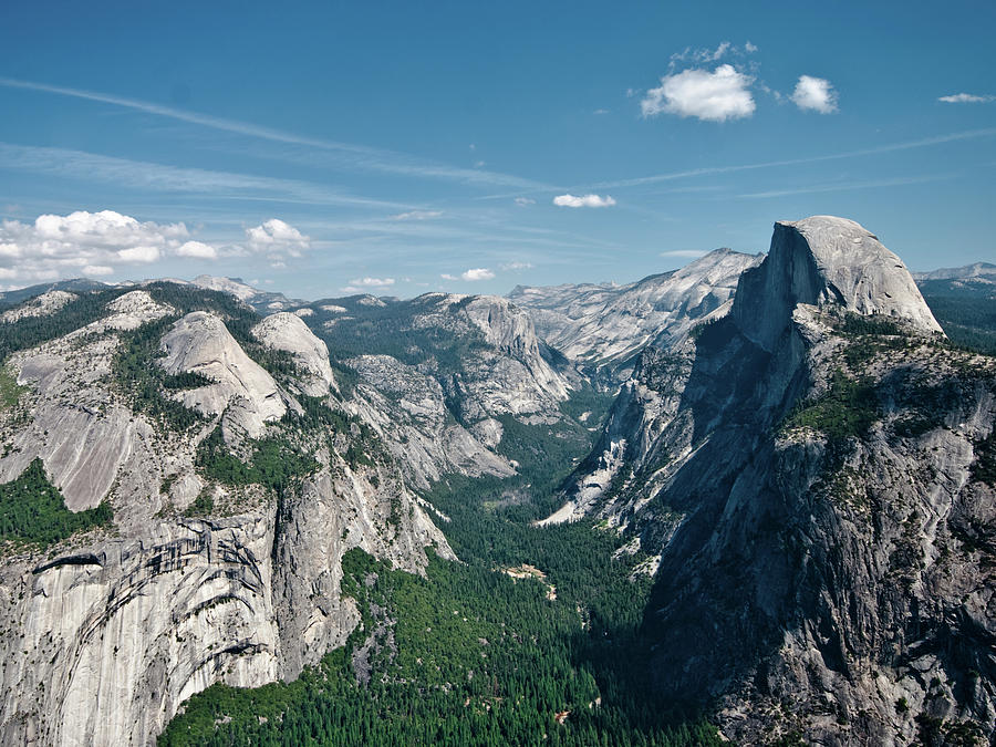 Horizontal Photograph - Yosemite Valley by Photo by Lars Oppermann