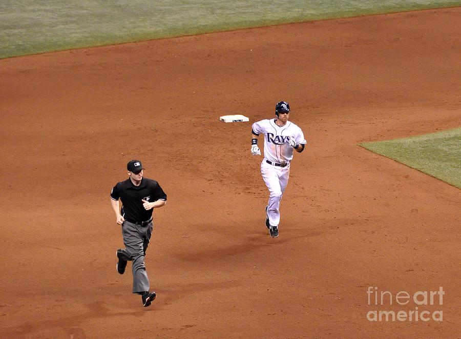 Ben Zobrist Photograph - Zobrist On The Run by John Black