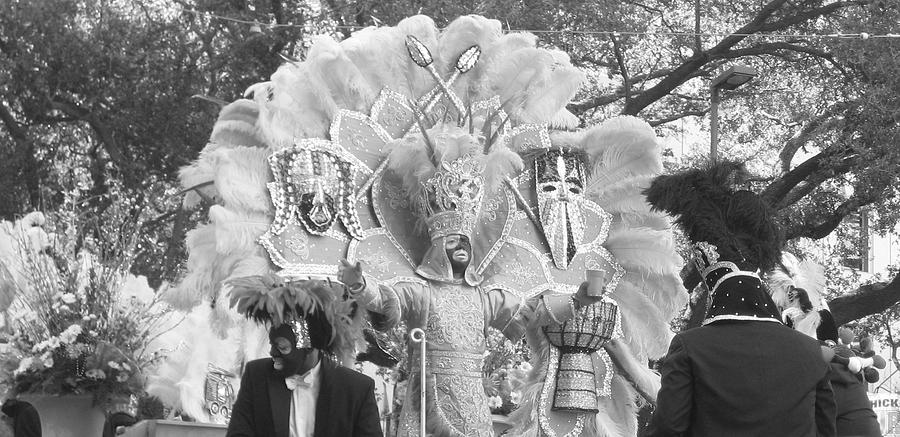 Mardi Gras Photograph - Zulu King 2010 by Veronica Trotter