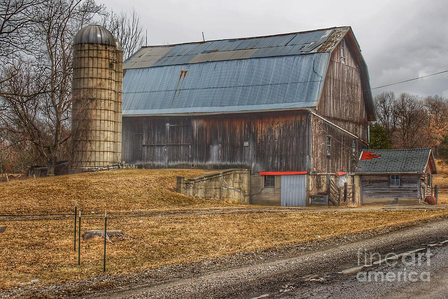0297 - Seymour Lakes Roadside Barn by Sheryl L Sutter
