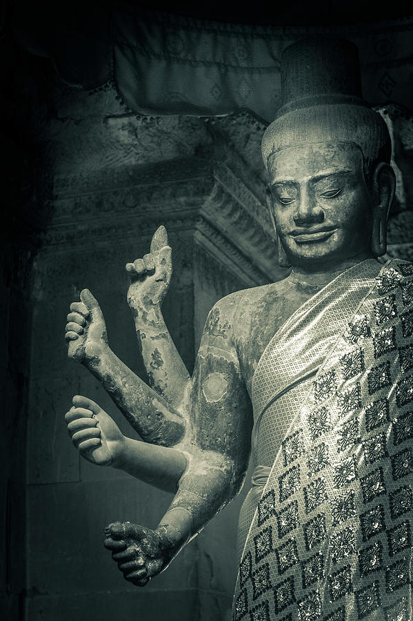 Angkor Wat Photograph by Www.sergiodiaz.net