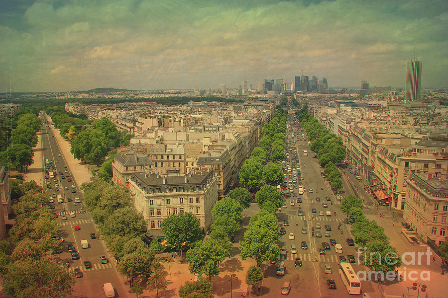 Avenue Des Champs-elysees Photograph by IB Photography e106fdf95499c