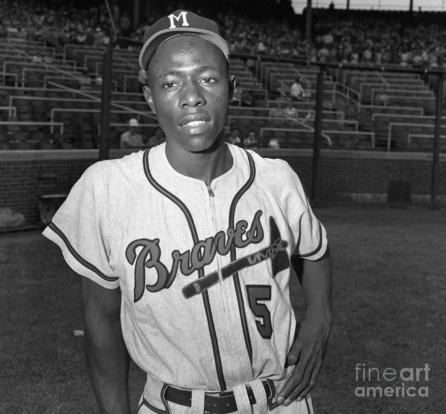 Baseball Player Hank Aaron Photograph by Bettmann