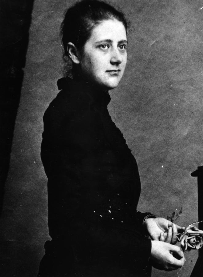 Beatrix Potter Photograph by Hulton Archive