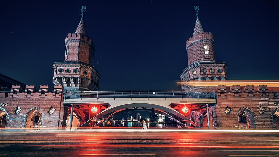 Berlin - Oberbaum Bridge by Alexander Voss