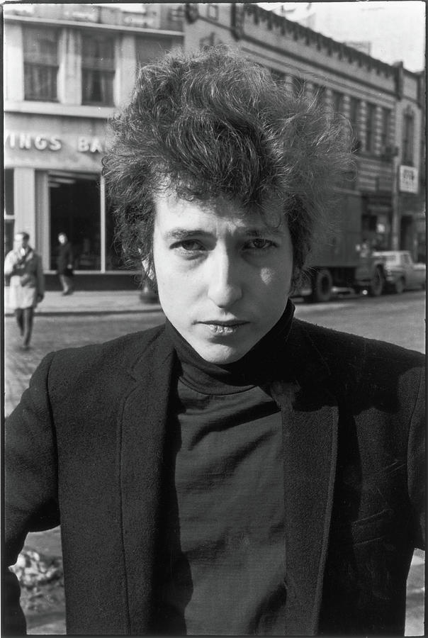 Bob Dylan In Sheridan Square Park Photograph by Fred W. McDarrah