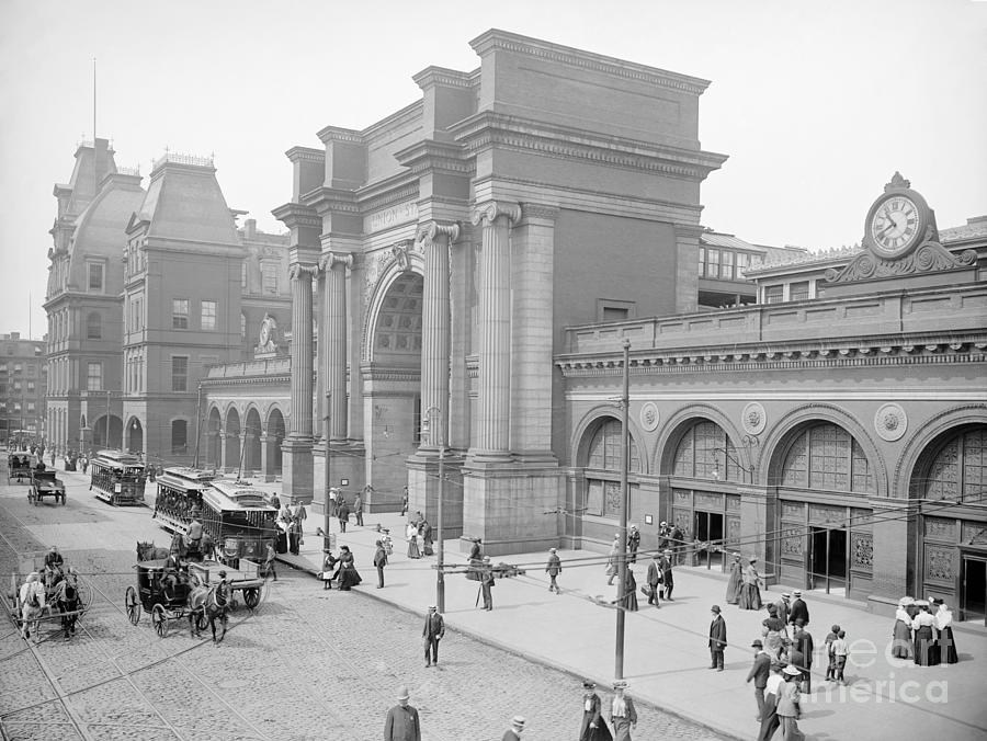 BOSTON, NORTH STATION by Granger