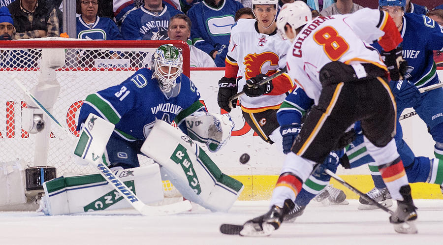 Calgary Flames V Vancouver Canucks - Photograph by Rich Lam