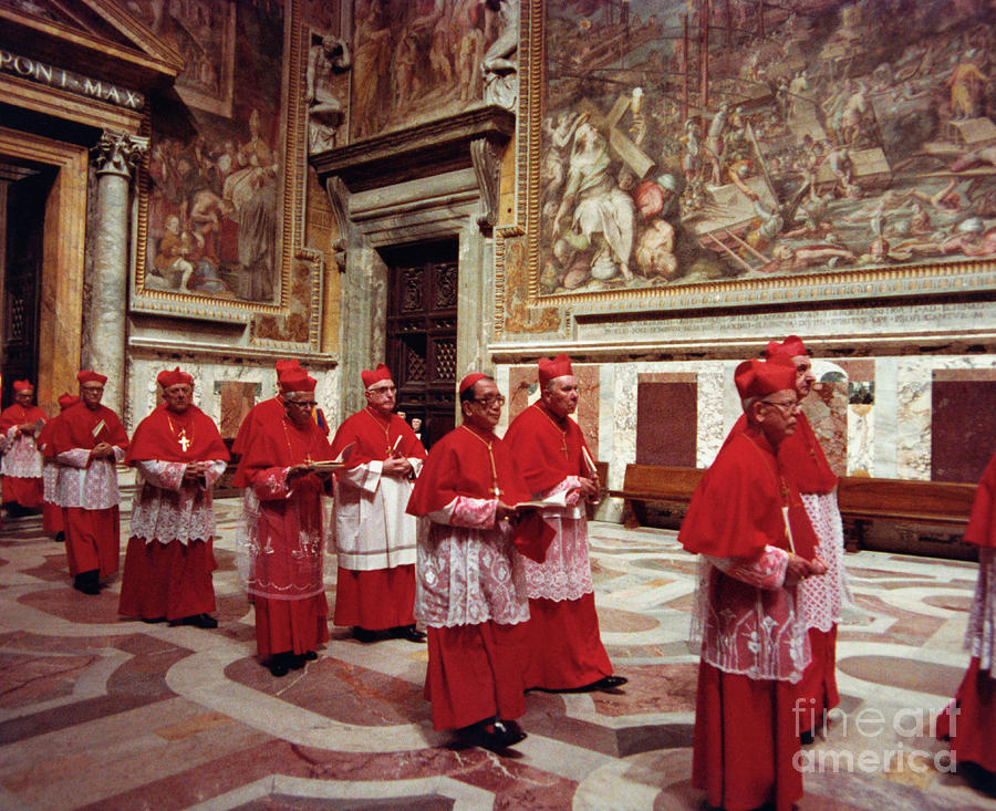 Cardinals Entering Sistine Chapel Photograph by Bettmann
