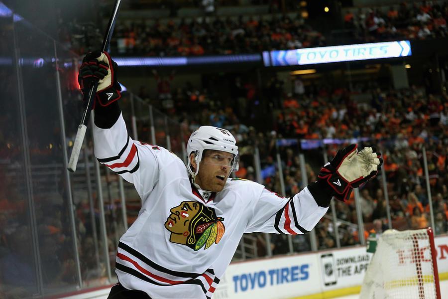 Chicago Blackhawks V Anaheim Ducks - Photograph by Stephen Dunn
