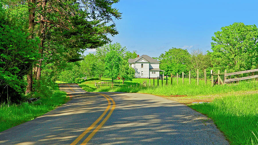 Country Roads of America, Smith Mountain Lake, Va. by The American Shutterbug Society