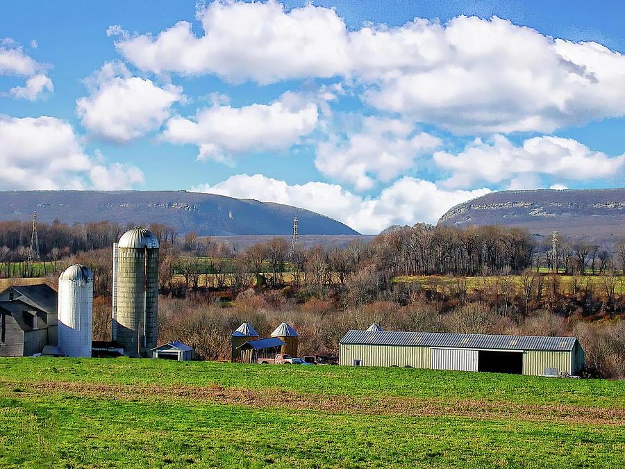 Delaware Farm Country by Anthony Dezenzio