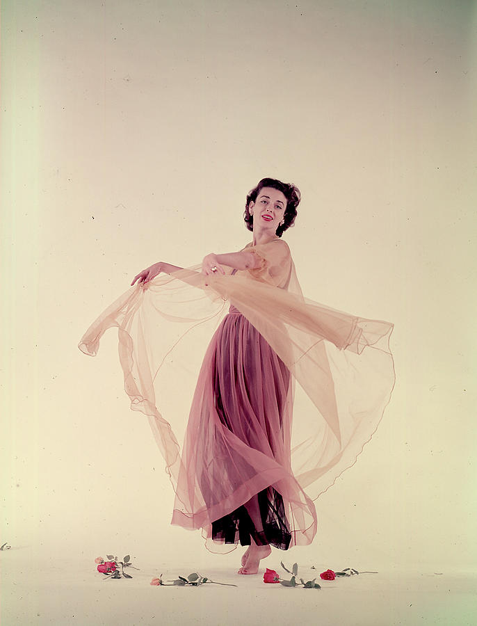 Dorian Leigh In Nightgown Photograph by Gjon Mili