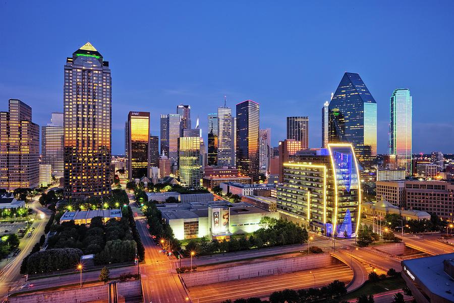 Downtown Dallas Skyline Photograph by Jeremy Woodhouse