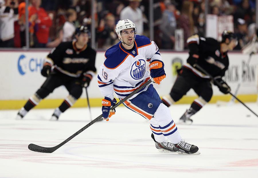 Edmonton Oilers V Anaheim Ducks Photograph by Jeff Gross