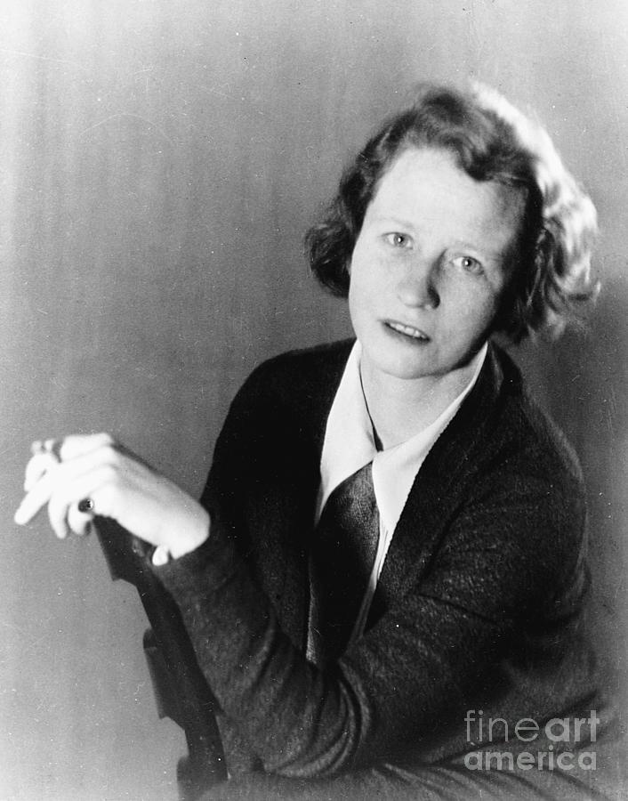 Edna St. Vincent Millay, American Poet Photograph by Bettmann