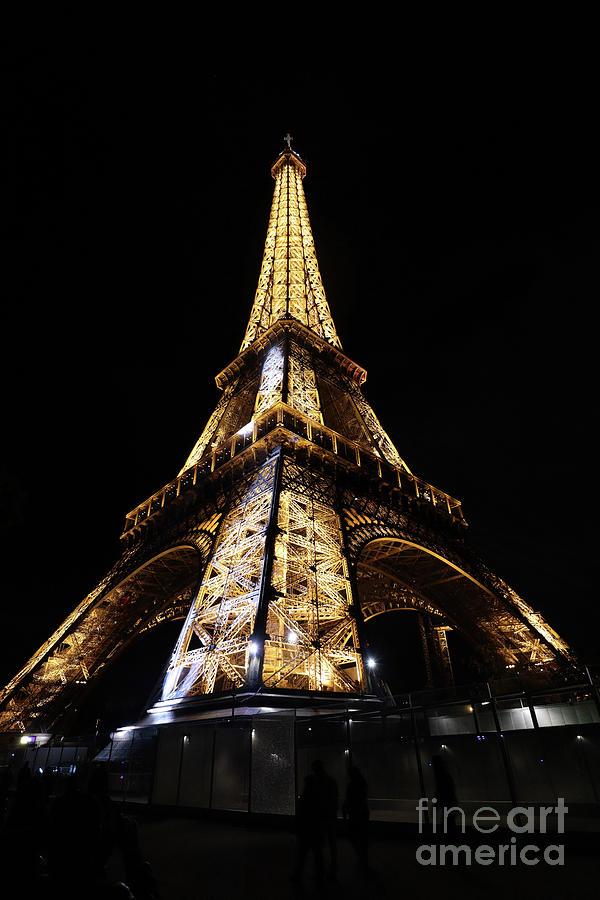 Eiffel Tower at night by Steven Spak