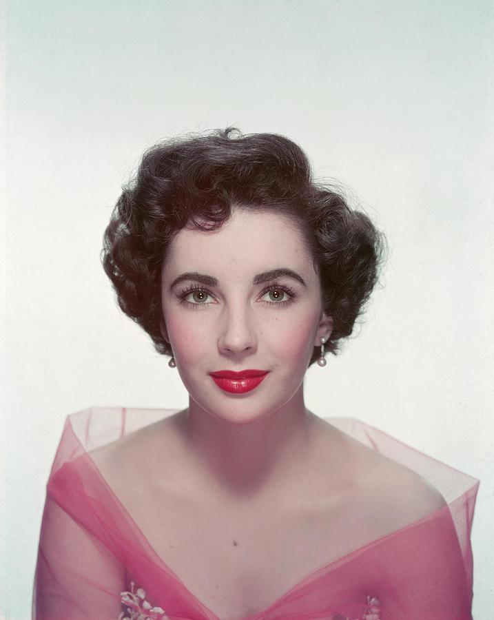 Elizabeth Taylor Photograph by Archive Photos