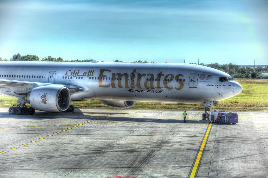 Emirates Boeing 777-300ER by David Pyatt