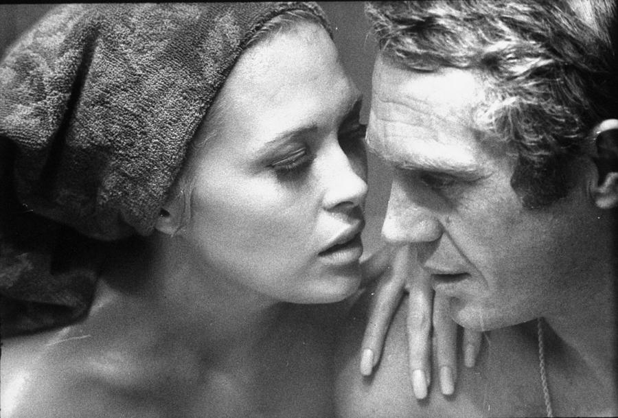 Faye Dunawaysteve Mcqueen Photograph by Bill Ray