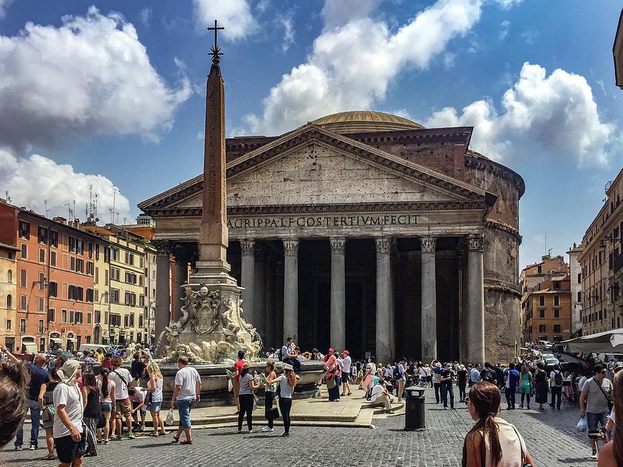 Fontana Del Pantheon Photograph - Fontana Del Pantheon by Joseph Yarbrough