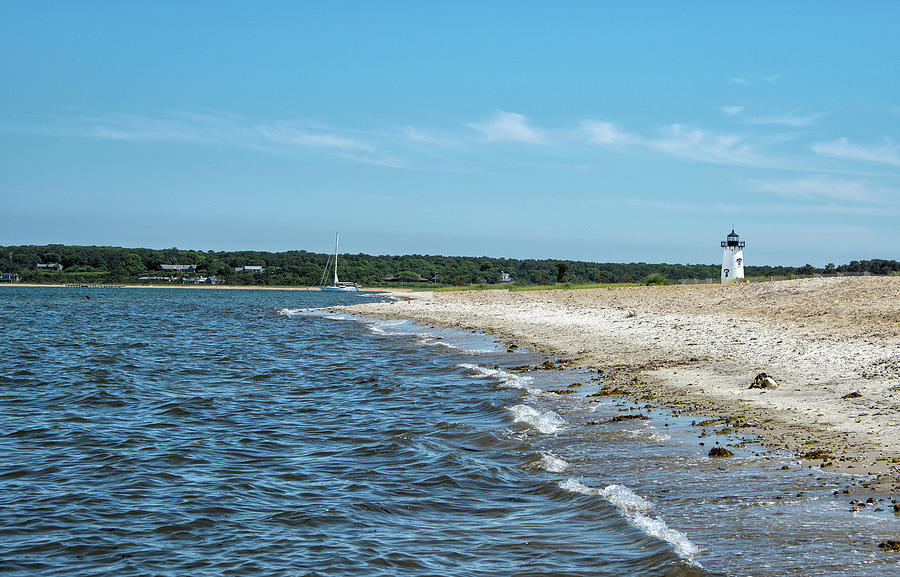 Martha's Vineyard Photograph - Fuller Street Beach And Edgartown Harbor Light - Marthas Vineyard by Brendan Reals