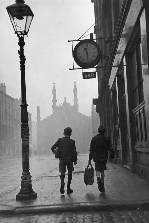 Glasgow Boys Photograph by Bert Hardy