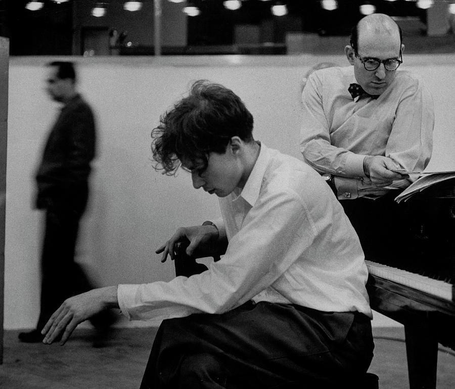 Glenn Gould Photograph by Gordon Parks
