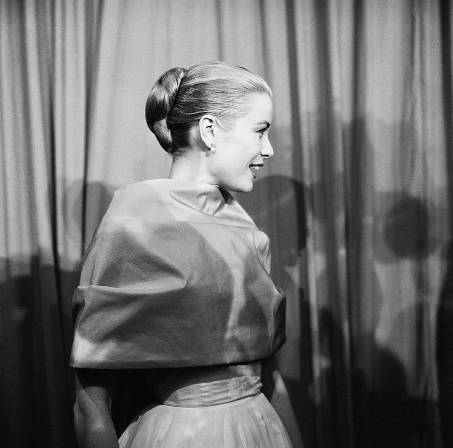Grace Kelly 1 Photograph by Michael Ochs Archives