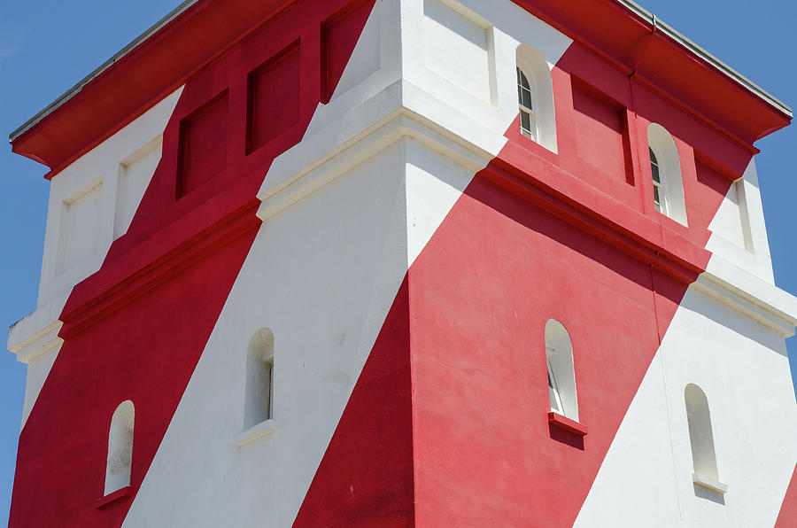 Green Point Lighthouse by Rob Huntley