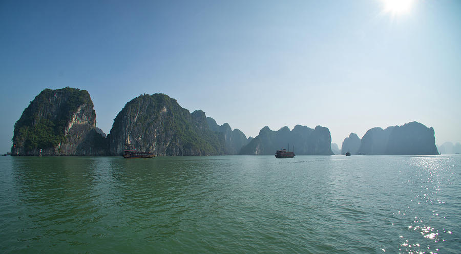 Ha Long Bay Photograph by By Thomas Gasienica